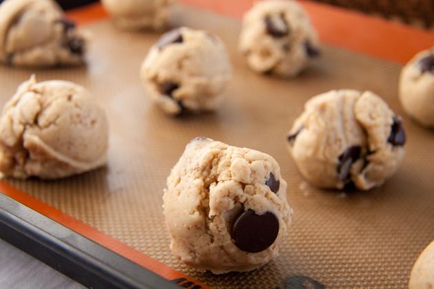 Dreamy Gluten Free Chocolate Chip Cookie Balls Recipe ...