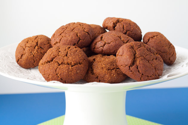 Tender Gingersnap Cookies (1)