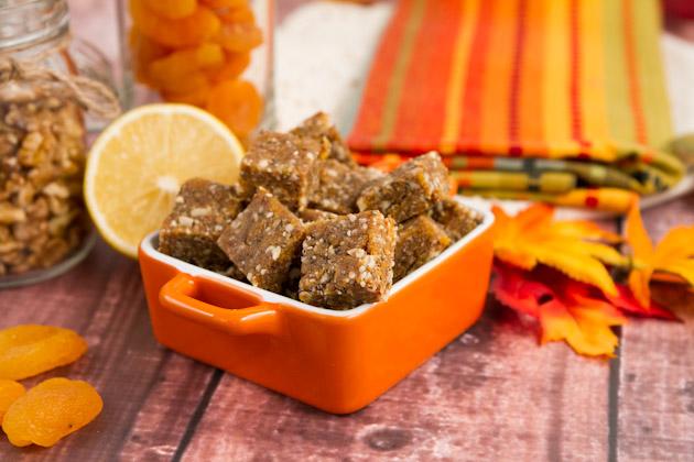 Apricot Ginger Chia Chews #vibrantlifecleanse #vegan #snack