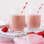 Creamy-Vegan-Strawberry-Milk