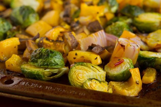 Fat Bomb Roasted Vegetable Hamburger Soup-3929