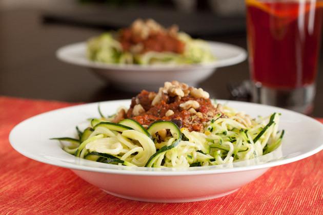 Raw Tomato Basil Zucchini Pasta4
