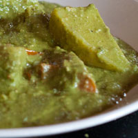 Flavors of India: Aloo Palak (Potato + Spinach Curry)