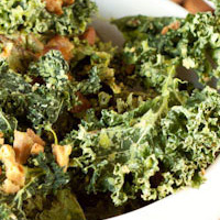 Vegan Sour cream & Chive Bacon Kale Chips