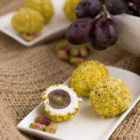 Goat Cheese Covered Grapes + 5 Quick 'n Easy Appetizers