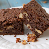 Chocolate Banana Cake Bars (Vegan + Gluten-free)