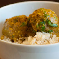 Flavors of India: Malai Kofta (Sauce + Vegan 'Meat'balls) and Gluten-free Naan