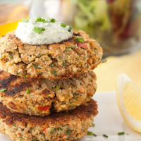 15 minute Salmon Cakes with Fresh Tartar Sauce