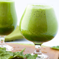 4 Nourishing Green Smoothies under 400 calories