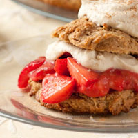 Strawberry Cinnamon Shortcake Sandwiches