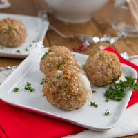 Goat Cheese Stuffed Turkey and Quinoa Balls + Giveaway