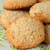 5 Ingredient Chewy Vanilla Coconut Cookies