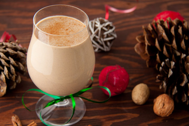 Dairy-free Eggnog | Healthful Pursuit