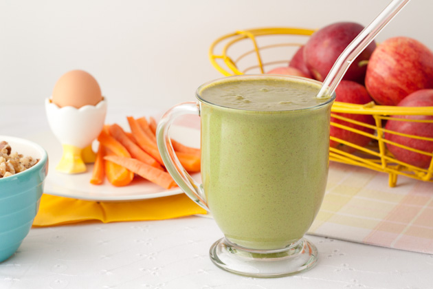 Apple-Pie-Green-Smoothie-2