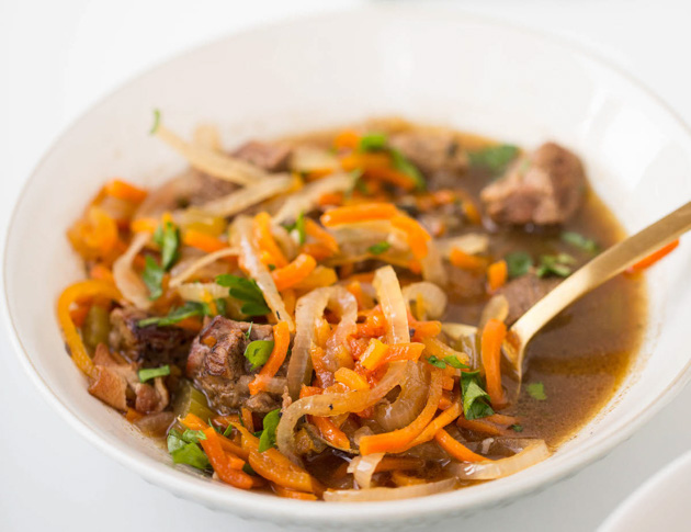 Slow Cooker Boeuf Bourguignon with Spiralized Vegetables