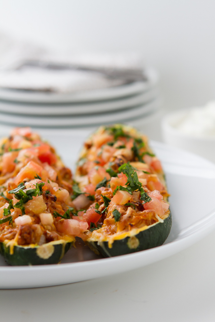 https://www.healthfulpursuit.com/recipe/keto-paleo-chicken-enchilada-boats/