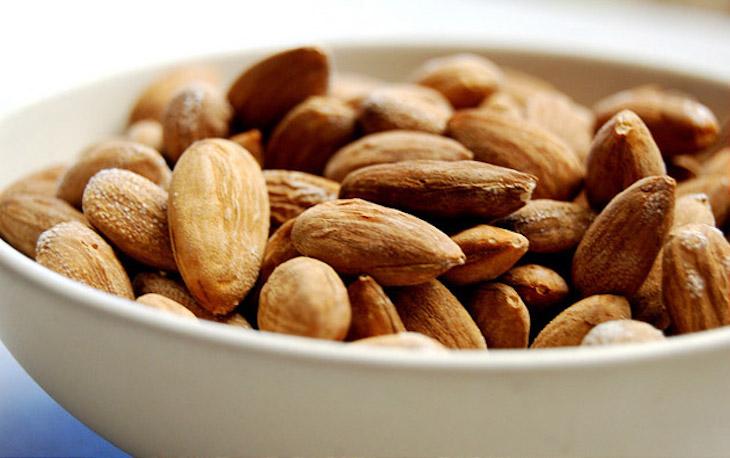 Salted Crispy Almonds