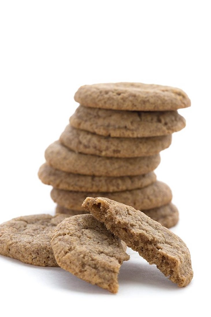 "Low Carb Chewy Ginger ""Molasses"" Cookies"