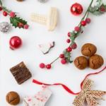 10 Christmas Desserts, 26 Ingredients + FREE Baking Checklist