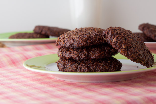 5 Ingredient Chewy Chocolate Coconut Cookies (18)