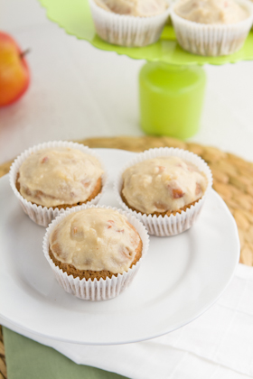 Apple Pie Cupcakes with Cream Cheese Frosting