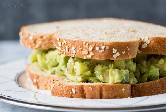 Quick Keto Snacks #keto #lchf #paleo #healthysnacking