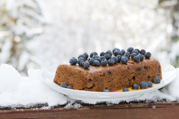 Blueberry Maple Slow Cooker Cake | Healthful Pursuit