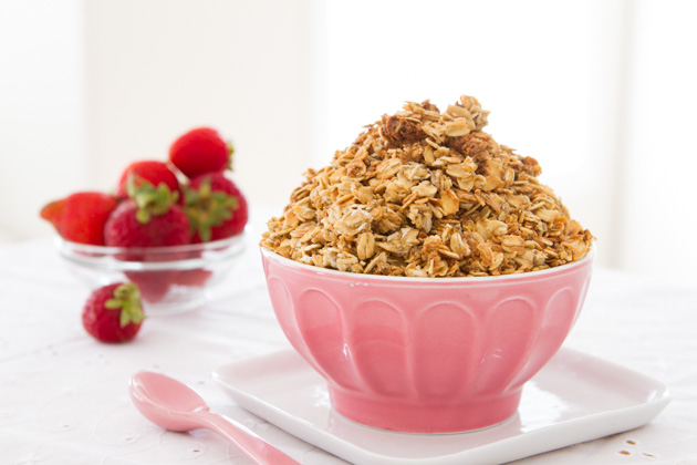 Chia Egg Coconut Granola (Oil-free)