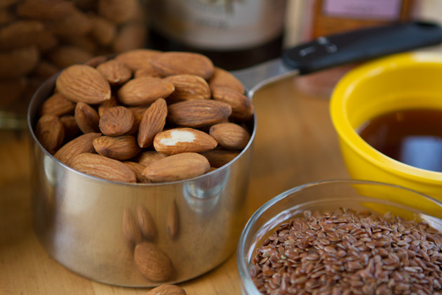 Why You Should Always Soak Your Nuts #nuts #paleo #keto