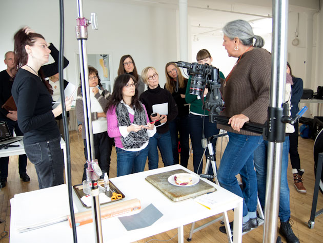 Leanne Vogel in class learning about food photography