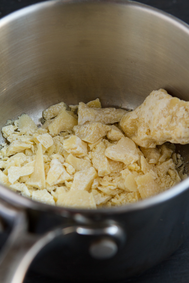 Dairy-free White Chocolate Lemon Detox Drops #vegan #keto #lowcarb #paleo