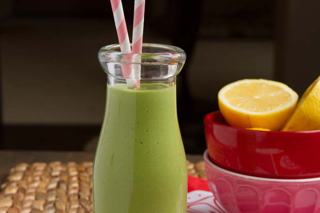 Fruit-free Vanilla Green Smoothie-2380