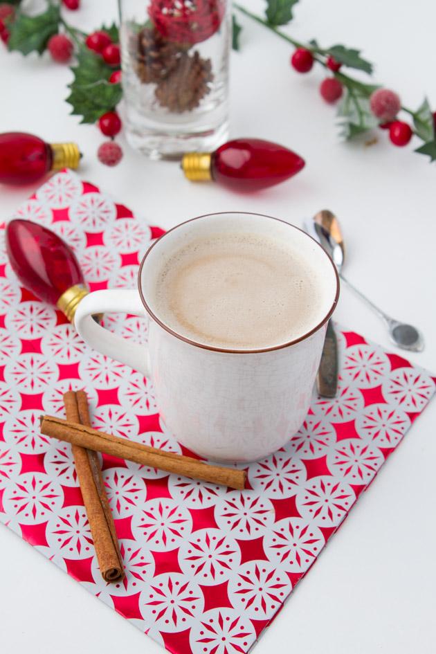 Vegan Eggnog Coffee Creamer + Light Dairy-free Eggnog #vegan #paleo #christmas