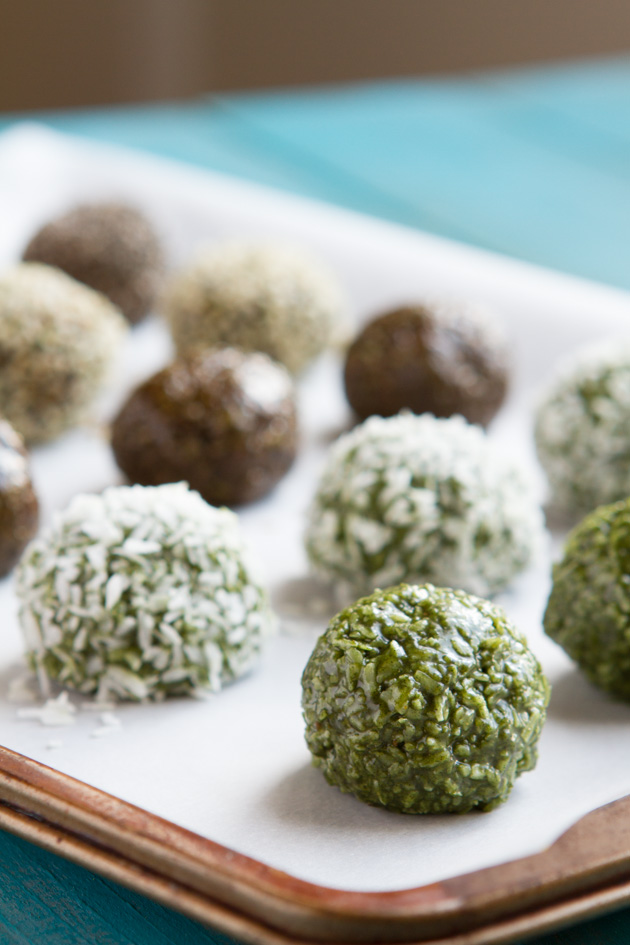 No Sugar! Daily Greens Fat Bomb Truffles (dairy-free) made with greens powder!