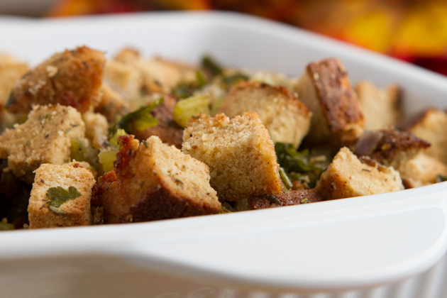 Paleo Stuffing: with Coconut Flour Bread #lowcarb #keto #paleo
