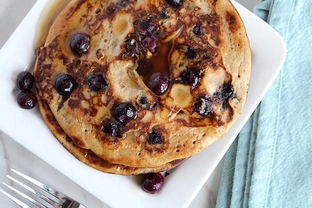 Paleo-blueberry-pancakes-overhead2