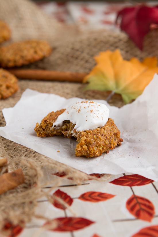 Pumpkin Spice Quinoa Breakfast Cookies