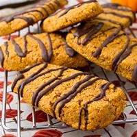 Oil-free Chocolate Pumpkin Protein Bars #oilfree #grainfree