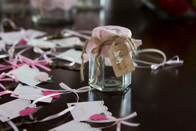 Antique-Vintage Wedding Craft Ideas -- weddingfavors #wedding #antique #crafts