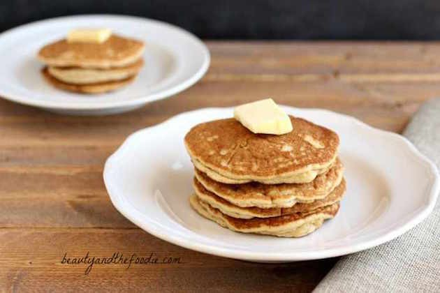 buttermilk-pancakes-015.jpg-med.jpg-comp-2